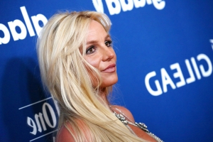 Britney Spears Fans Slam Singer After She Shows Off Never-Worn $6K Louboutin Heels