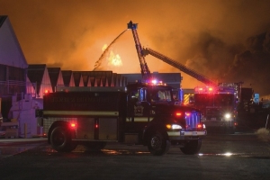 Residents told to stay indoors due to major fire at St. Catharines, Ont. flower farm
