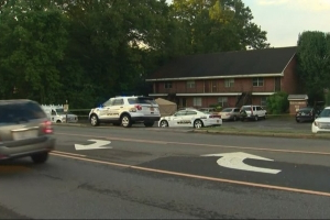 1 dead, 1 hurt in shooting at Kings Mountain apartment complex