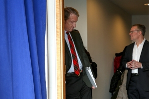 Steyer to leave campaign trail for jury duty