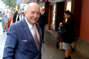 Alan Jones team threatens Media Watch with complaint after airing 2GB audio