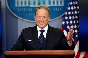 'Dancing with the Stars': Sean Spicer, Christie Brinkley join cast