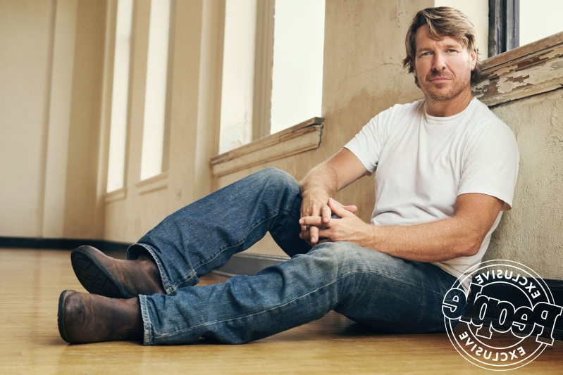 Chip Gaines Asks Fans to Spread 'Kindness' in the Wake of 'a Tough Couple of Weeks'