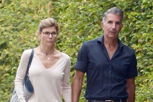 Lori Loughlin Is Keeping 'Meticulous Records' on College Admissions Case, Says Source