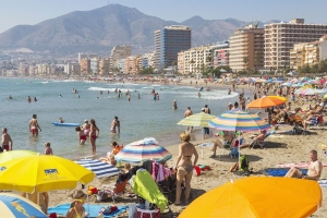 Travel alert as Irish tourists in Spain warned over deadly 'listeria outbreak'