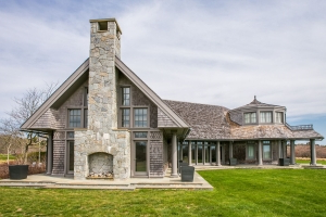 A look inside the Martha's Vineyard mansion the Obamas are reportedly buying