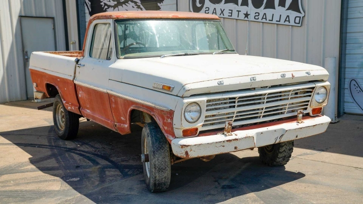 Enthusiasts: Bid On This 1969 Ford F100 SWB 4x4 Project