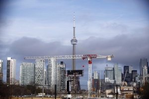 Toronto condo prices rocket up — while Vancouver prices fall