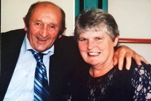 'We know they're together now'- Son's tribute to parents married for 32 years who died from cancer just minutes apart