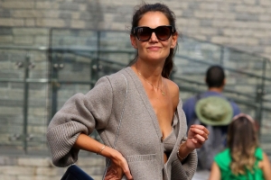 Katie Holmes' $2023 Cashmere Bra-Sweater Set Is the Look I Never Knew I Needed