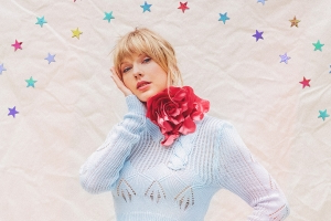 Official: Taylor Swift's 'Lover' Debuts at No. 1 on Billboard 200 Chart With 867,000 Units Earned in First Week in U.S.