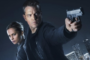 Jason Bourne (C8) a coûté le rôle de James Bond à Pierce Brosnan