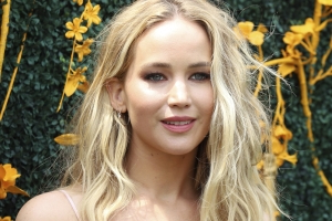 Jennifer Lawrence Spends Labor Day With Fiancé Cooke Maroney at the Metropolitan Museum of Art