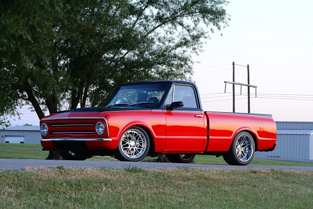 Classics: How a 1968 Chevy C10 Built to Compete Got to the