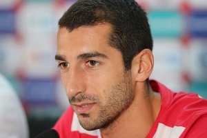 Henrikh Mkhitaryan admits he may have played last game for Arsenal as he looks to focus on Roma loan spell