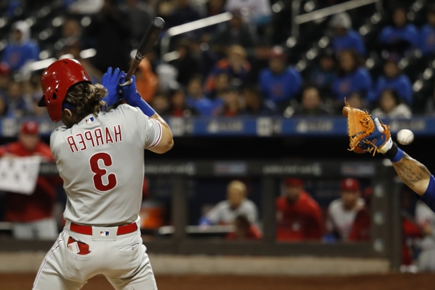 Mets survive Diaz nightmare, beat Phillies with walk-off walk