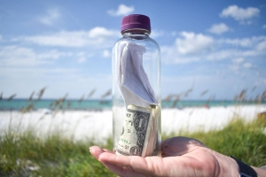 'This bottle contains the ashes of my son.' Bottle with letter and ashes washes up on Florida shore