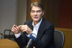 Dr. Oz says he was 'overlooking' signs of his mother's Alzheimer's disease