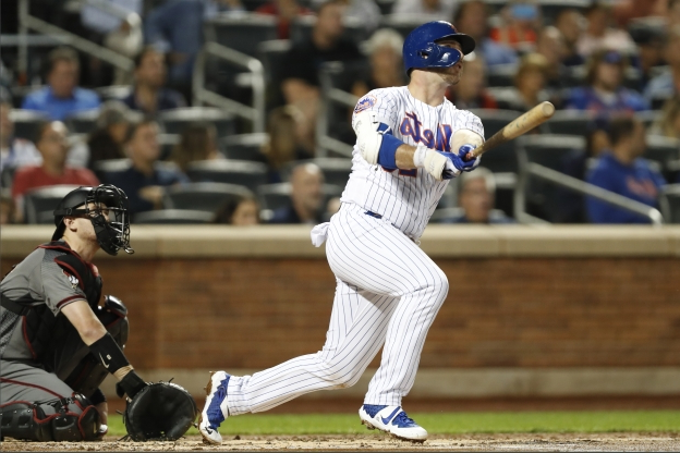 Alonso hits 46th, 47th HRs as deGrom, Mets beat D-backs 3-1