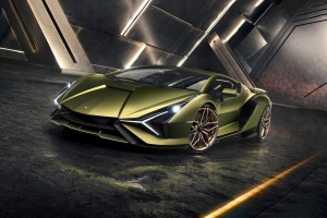 Lamborghini Sian ushers in an electrified era with 819 hp