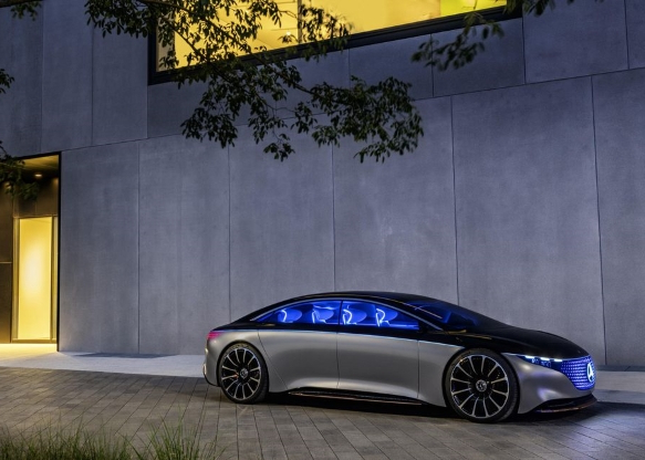 Mercedes-Benz Vision EQS brings sustainable electric luxury to Frankfurt