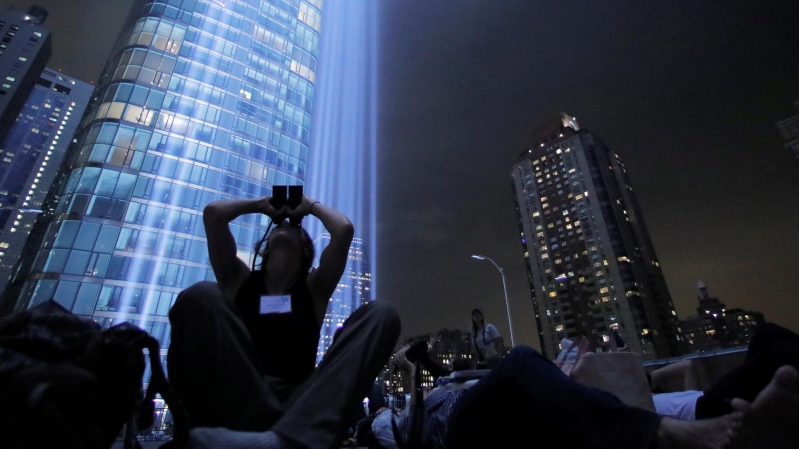 The 9/11 Tribute Lights Are Endangering 160,000 Birds a Year