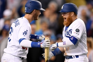 Dodgers continue their dominance by clinching seventh straight NL West title