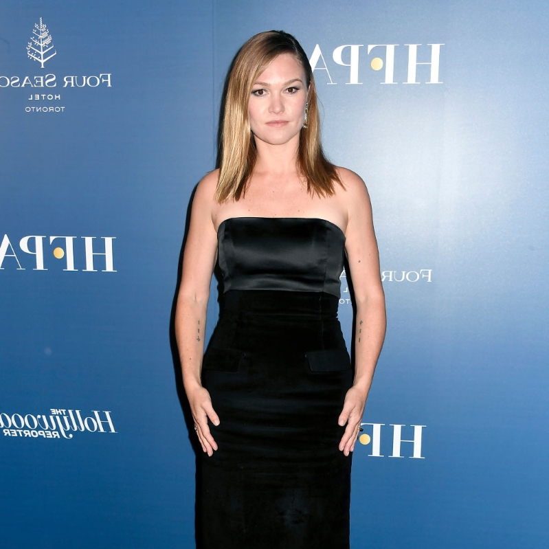 Julia Stiles' 20-Year Journey to 'Hustlers': 'Nobody Knew What to Do With Me'