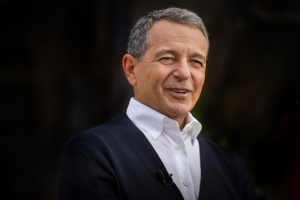 Disney CEO Bob Iger has resigned from Apple's board