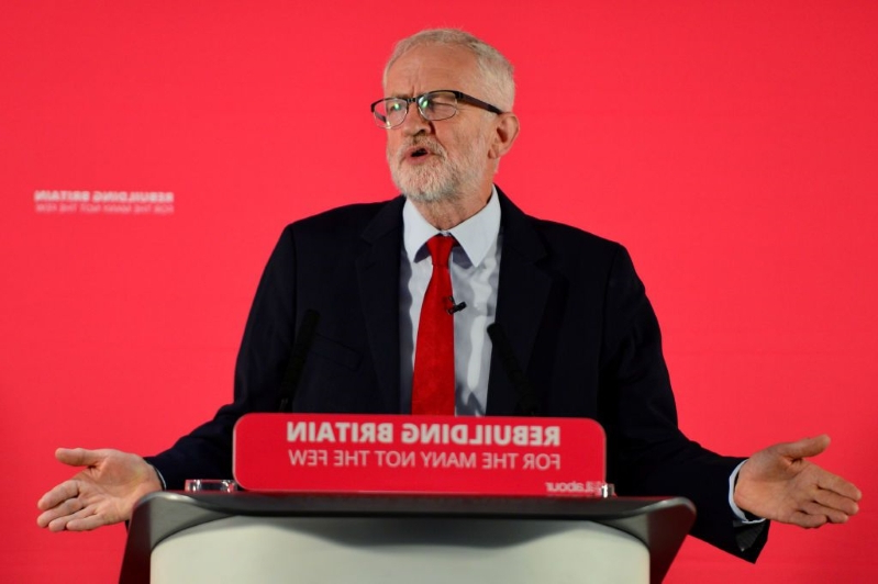 Jeremy Corbyn pledges to do 'all he can' to prevent a no-deal Brexit