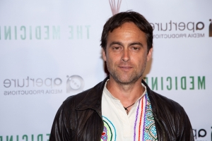 Dublin actor Stuart Townsend 'eager to resolve' domestic charges after arrest in US