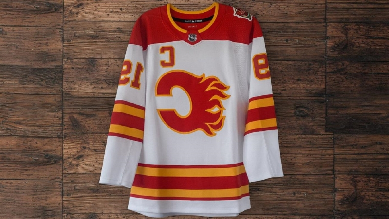 huge selection of c87d1 0b5ad Sport: Jets, Flames and Blues release throwback jerseys, and ...