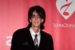 Rock Stars, Journalists, Celebrity Fans Remember Ric Ocasek