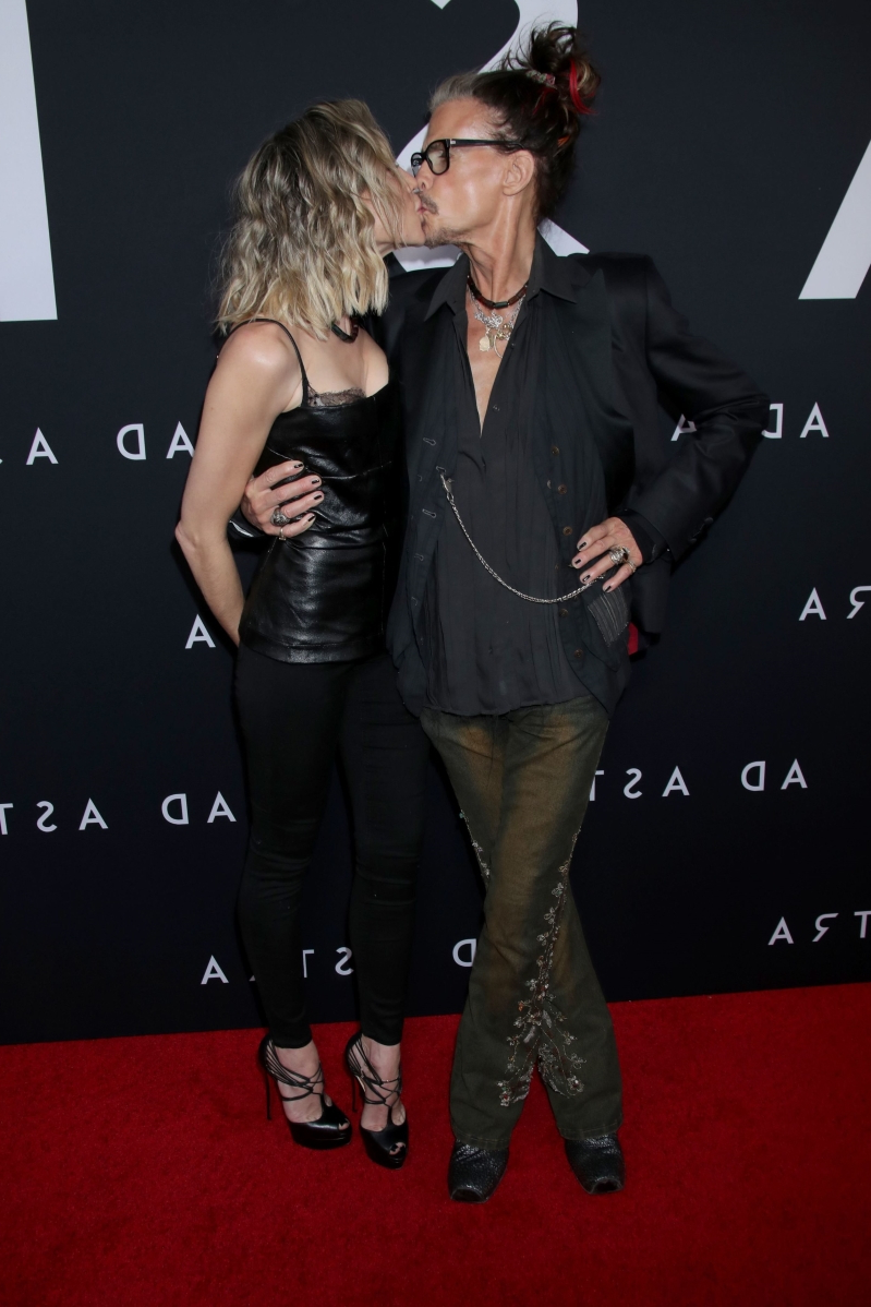 His Angel! Steven Tyler Shares a Smooch on the Red Carpet with Girlfriend Aimee Preston