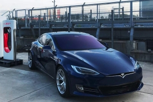Tesla Model S will return to Nurburgring next month with new lap-time goal