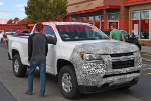 2021 Chevy Colorado and GMC Canyon facelift spied