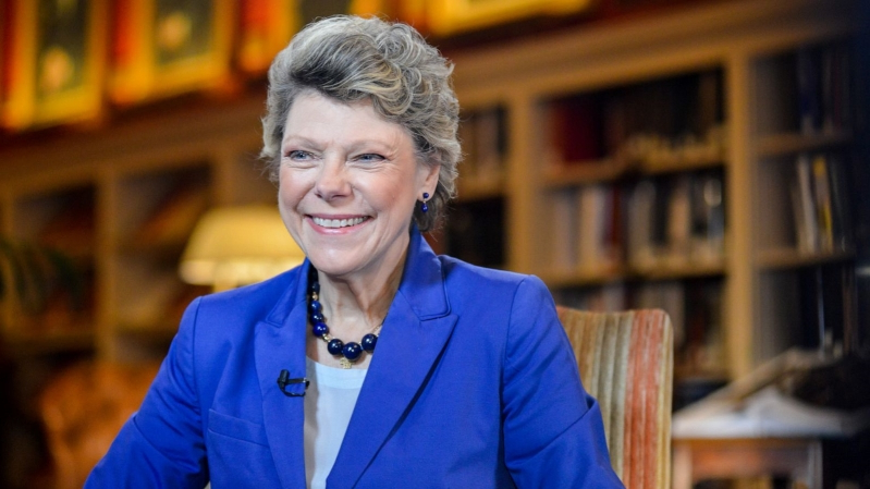 Cokie Roberts posing for the camera: Cokie Roberts conducts an interview at the University Club in Washington, Oct. 29, 2015.