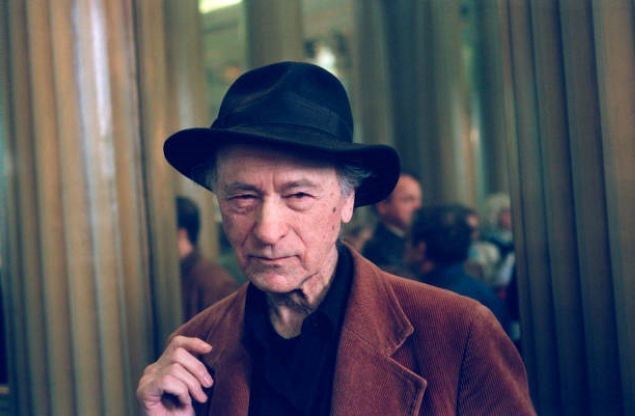 Slide 144 of 163: Lithuanian movie director Jonas Mekas, who created the 'Anthology Film Archive' in New York, in 1970, receives the 1997 Pier Paolo Pasolini Award in Paris. (Photo by Sophie Bassouls/Sygma/Sygma via Getty Images)