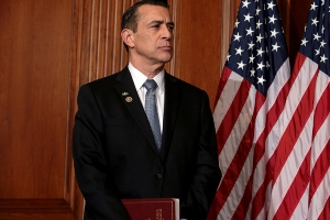 Darrell Issa to challenge Duncan Hunter for House seat in 2020