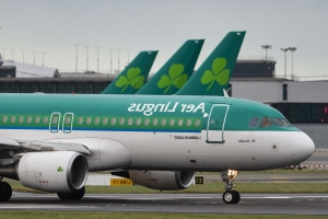 Union will not back Aer Lingus profit deal