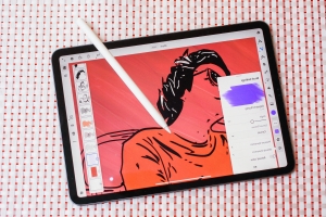 Adobe Fresco drawing and painting app is out on iPad, coming soon to Surface