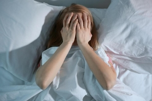 Mixing less than 6 hours of sleep with chronic disease is deadly combo