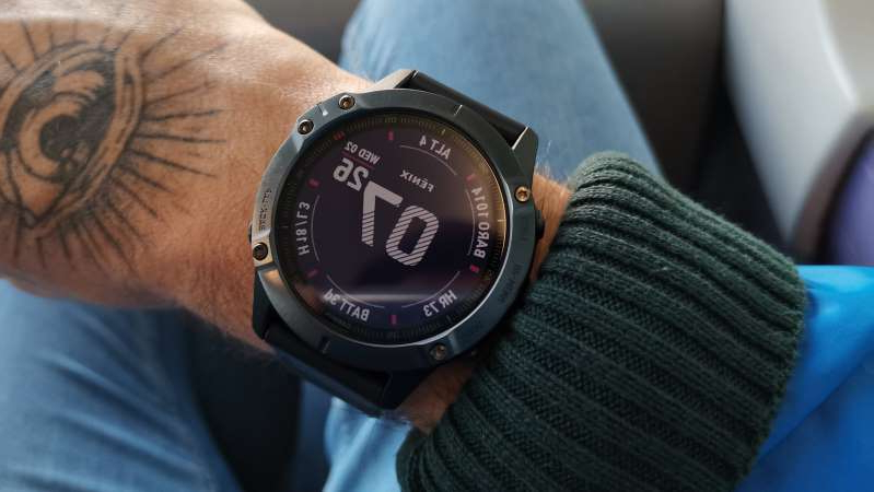 a close up of a watch: garmin fenix 6 pro review