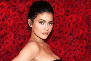 Kylie Jenner Posts Cryptic Quote About Choosing to 'Be Happy' After Travis Scott Split
