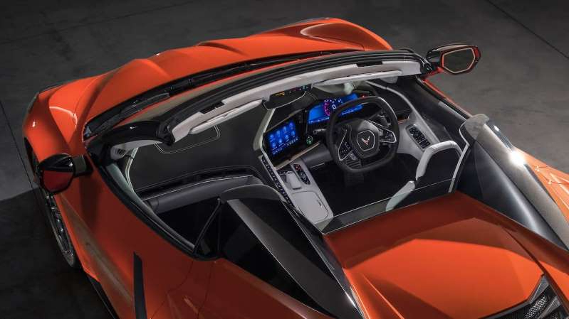 a close up of a red motorcycle: 2020 Chevrolet Corvette Stingray Convertible nl1 1
