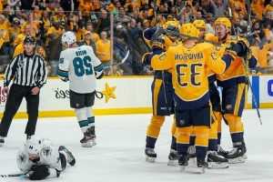 How worried should winless Sharks be after loss to Predators?