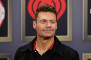 Ryan Seacrest Says Kelly Ripa Encourages Him to Elope With Shayna Taylor