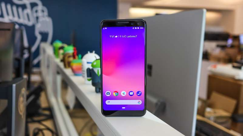 a desktop computer sitting on top of a table: Google Pixel 4 could come with a 5G counterpart
