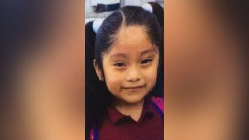 a girl posing for a picture: An Amber Alert has been issued for Dulce Maria Alavez, 5, in Bridgeton, N.J.
