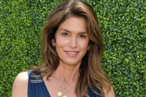 Cindy Crawford's New Workout Video Reveals Her Secret to a Sculpted Booty at 53